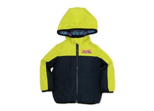 蛍光色のダウンジャケット